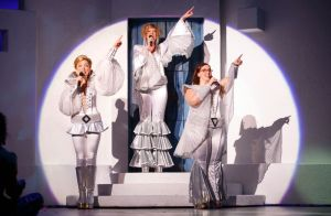 Laura Michelle Hughes, Erin Fish, Sarah Smith Photo by Joan Marcus Mamma Mia! National Tour